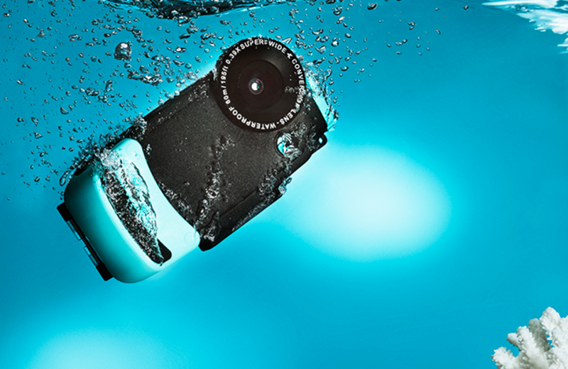 Make Underwater Pictures a Reality With Your iPhone