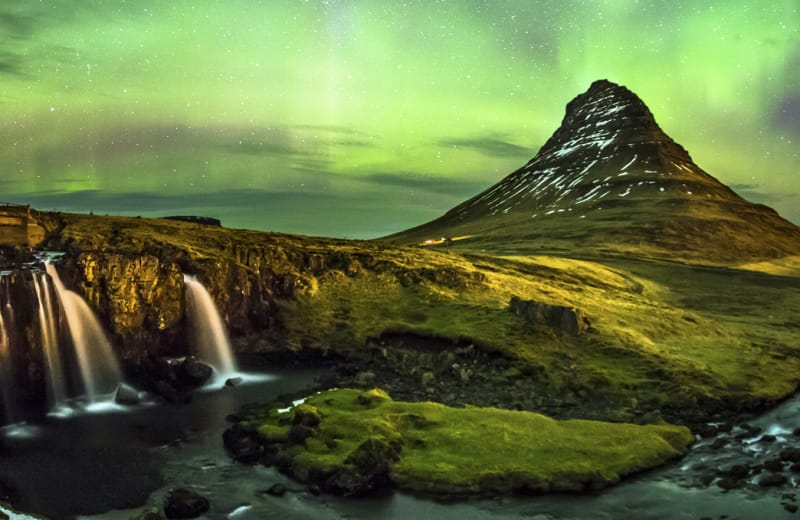 Fly from the US to Iceland for $250, Round Trip
