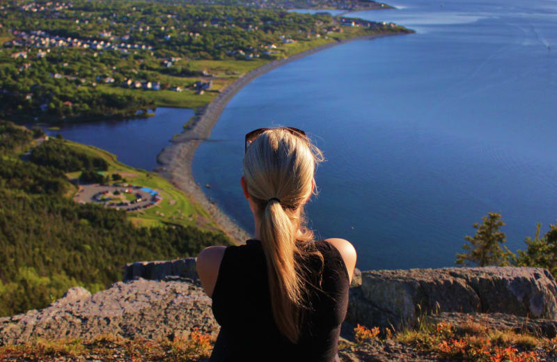 6 Best Apps for Solo Female Travelers