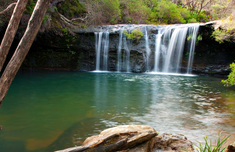 6 Incredible Swimming Holes Around Sydney