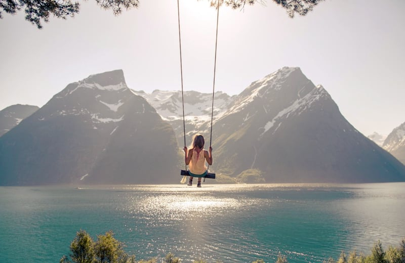 7 Insanely Beautiful Swings Around the World