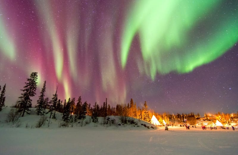 Fly For Free to See Canada's Northern Lights in 2017