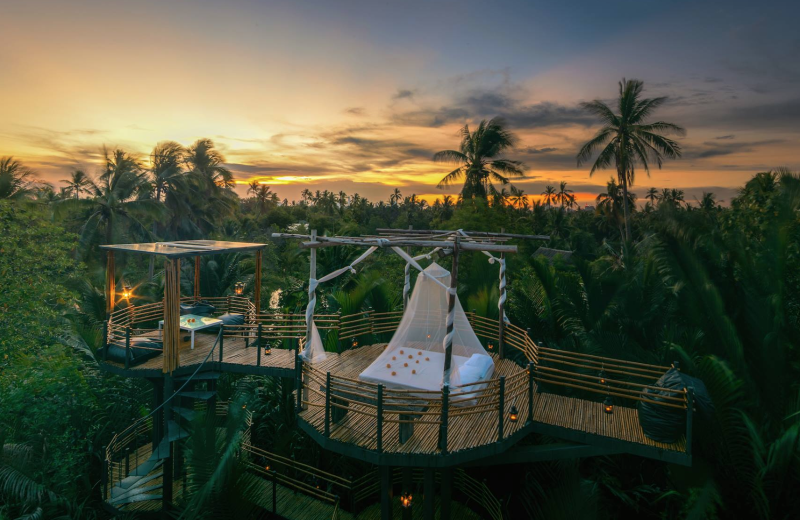 This Stunning Thai Treehouse is Vacation Goals