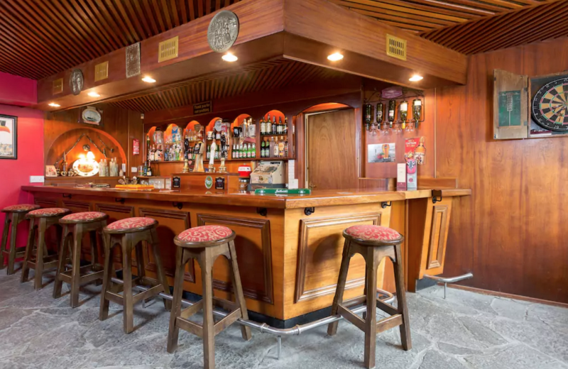 You Can Actually Rent an Entire Irish Pub on Airbnb
