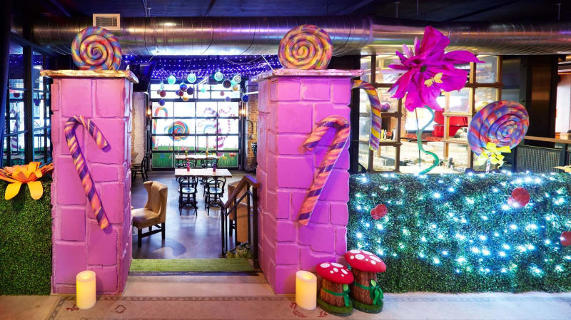 There's a Willy-Wonka Inspired Pop-Up in This City and We Need to Visit ASAP