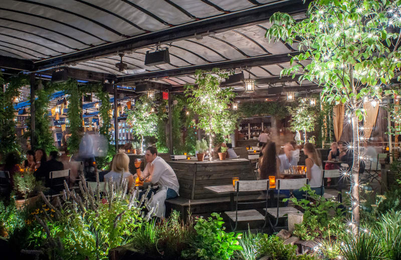 Finding Cloud Nine In New York Most Romantic Rooftop Patios - Rooftop patios